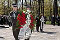 Flickr - Saeima - Svinīgā vainagu nolikšanas ceremonija Rīgas Brāļu kapos (9).jpg
