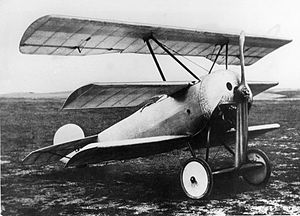 Fokker V.4 - The original configuration with fully cantilevered wings