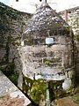 Fontaine à Varen (détail).jpg