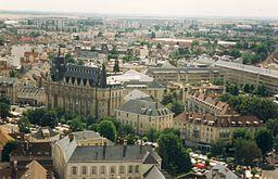 Chartres taget fra et af tårnene i katedralen