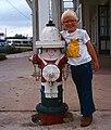 Fredericksburg-04-Junge mit Hydrant-1982-gje.jpg