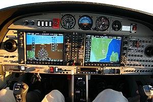 Garmin G1000 - Diamond DA42 Twin Star cockpit with Garmin G1000