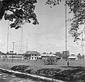 Gebouwencomplex in Suriname, Bestanddeelnr 252-6037.jpg