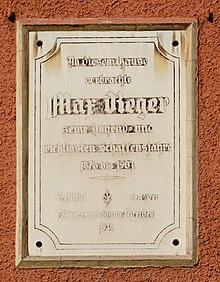 Gedenktafel am Haus Bürgermeister-Prechtl-Straße 31 in Weiden in der Oberpfalz (Quelle: Wikimedia)