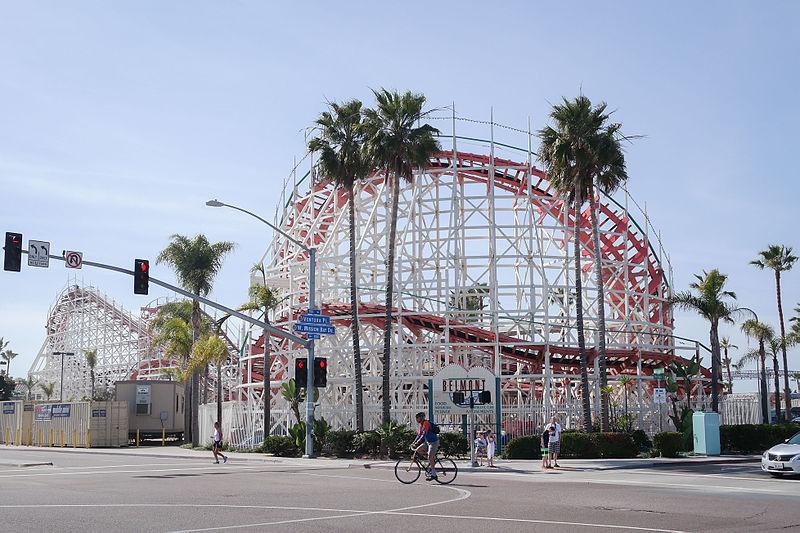 File:Giant Dipper Roller Coaster-10.jpg