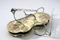 Glasögon - brillor med fodral. 1700-talets mitt - Hallwylska museet - 85743.tif