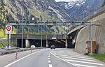 Gotthard-Strassentunnel Nord-Süd-8895.jpg
