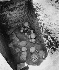 Grav 19, fynd in situ. Amathus. Agios Tychos - SMVK - C02289.tif