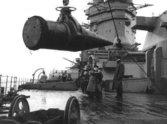 BL 16 inch Mk I naval gun - Loading 16-inch shells onto HMS Rodney