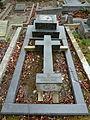 Harlow Hill Cemetery 046.jpg