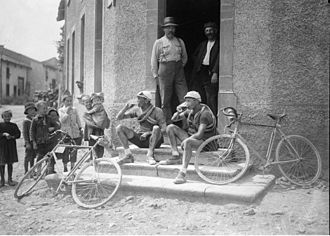 1921 Tour de France - Henri Colle and Charles Parel drinking a beer in a tavern in Dalstein in 1921.
