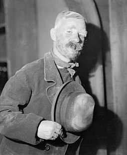 Henry Travers as the Burglar in the Theatre Guild's Broadway production of Heartbreak House (1920) Henry Travers Heartbreak House 1920.jpg