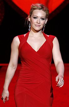 Hilary Duff at Hearth Truth 2009 cropped.jpg