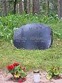 Hint Johannes and Helju tombstone.IMG 5241.JPG