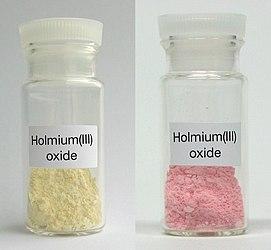 Holmium(III) oxide.jpg