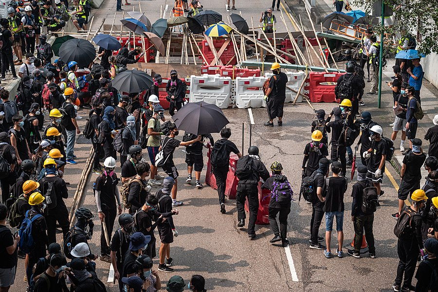 Hong Kong protests - Kwong Tong March 20190824 - P1066303.jpg