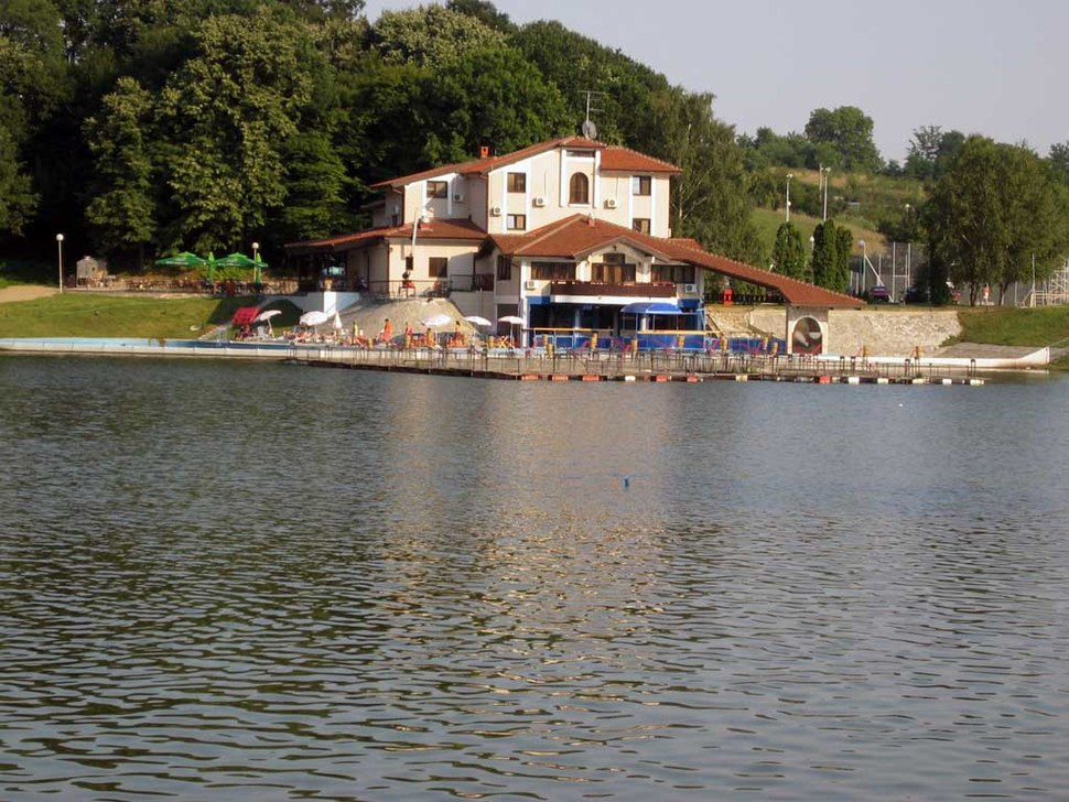 Hotel jezero kudreč