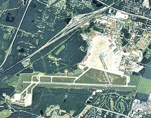 Hunter Army Airfield - 2006 USGS airphoto