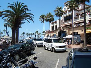 street leading to the pier in Huntington Beach...