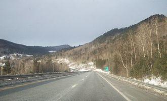 Interstate 89 - Interstate 89 northbound in Vermont, approaching Exit 2 in Sharon