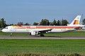 Iberia, EC-IJN, Airbus A321-211 (16455158201).jpg