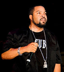 Ice Cube performing in Toronto, 2006.