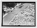 Ifpo 22716 Syrie, gouvernorat de Deir ez-Zor, la ville de Deir ez-Zor traversée par l'Euphrate, vue aérienne oblique.jpg