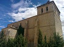 Iglesia de San Miguel, Requena de Campos 02.jpg