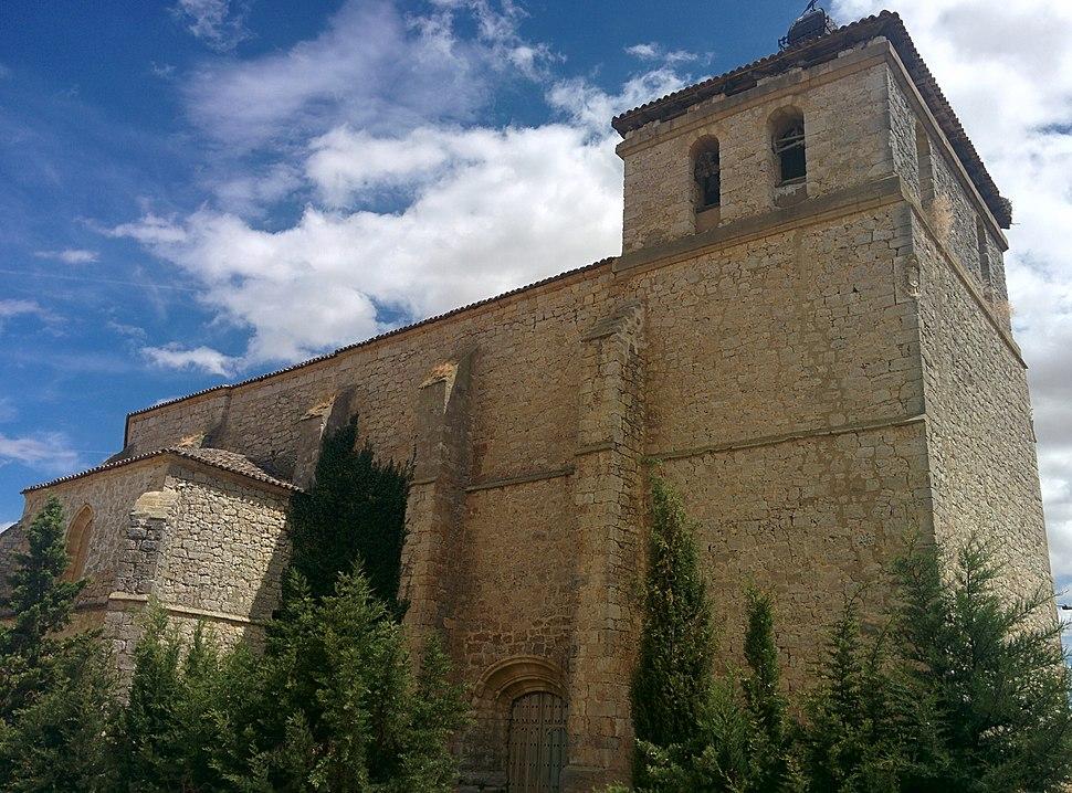 Iglesia de San Miguel, Requena de Campos 02