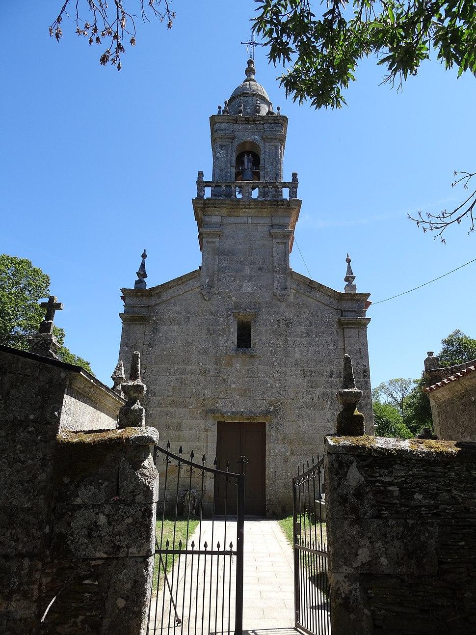 Igrexa de Santa María de Riós.