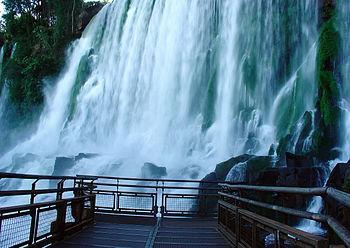 Iguazu Décembre 2007 - Photo Longue Exposition.jpg