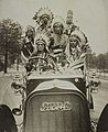 Indians in an automobile - Photographed by Edwin Levick, 108 Fulton St., N.Y. LCCN2017648611 (cropped).jpg
