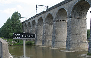 Paris–Bordeaux railway - Viaduct over the Indre