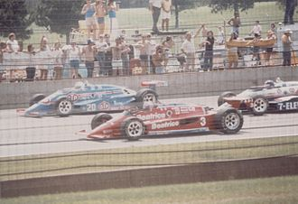 1985 Indianapolis 500 - Image: Indy 5001985secondrow