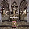 Interieur, overzicht van altaar - Veghel - 20424478 - RCE.jpg