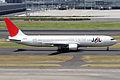 JAL B767-300(JA8976) (4934802586).jpg