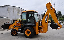 JCB 3CX backhoe loader, Florida, left side.jpg