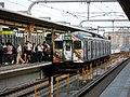 JR Kakogawa Station platform - panoramio (12).jpg