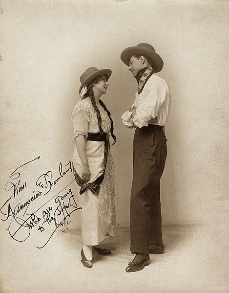 File:Jack Kammerer and Edna Howland vaudeville publicity photo 4.jpg