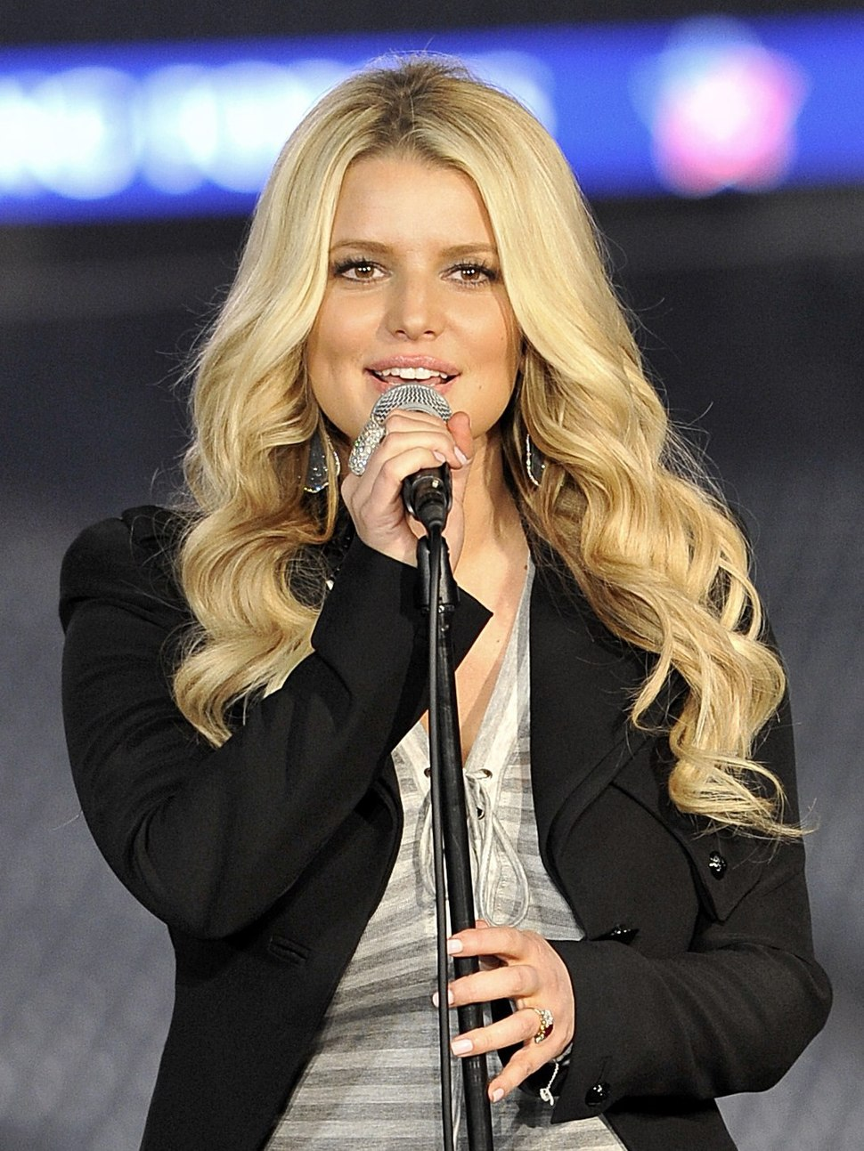 Jessica Simpson Joining Forces with the Rockies April 2011 (cropped)