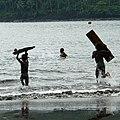 Jeux de vagues sur une plage de São João dos Angolares (São Tomé) (9).jpg