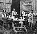 Joseph Huard, fabricant de bateaux miniatures dans la baie des Chaleurs.jpg
