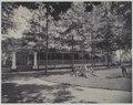 KITLV - 7798 - Kurkdjian - Soerabaja - Administrator's house of sugar company De Maas near Panarukan - circa 1910.tif