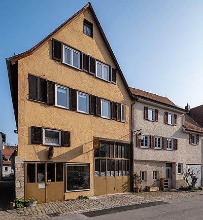 Karrengäßle 2 Tübingen gesehen von der Madergasse 2019.jpg