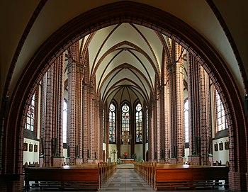 Katowice - Kościół pw. Św. Piotra i Pawła 01.JPG