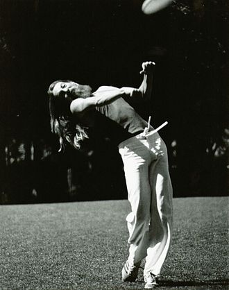 Throwing - Ken Westerfield sidearm (forehand) Frisbee distance throwing, 1970s.