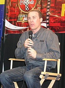 Kevin Harvick at Zanesville Ohio 2006.jpg