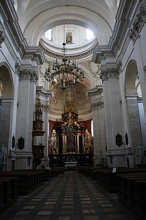 Saints Peter and Paul Church, Kraków - Image: Kościół ŚŚ Piotra i Pawła w Krakowie Wnętrze