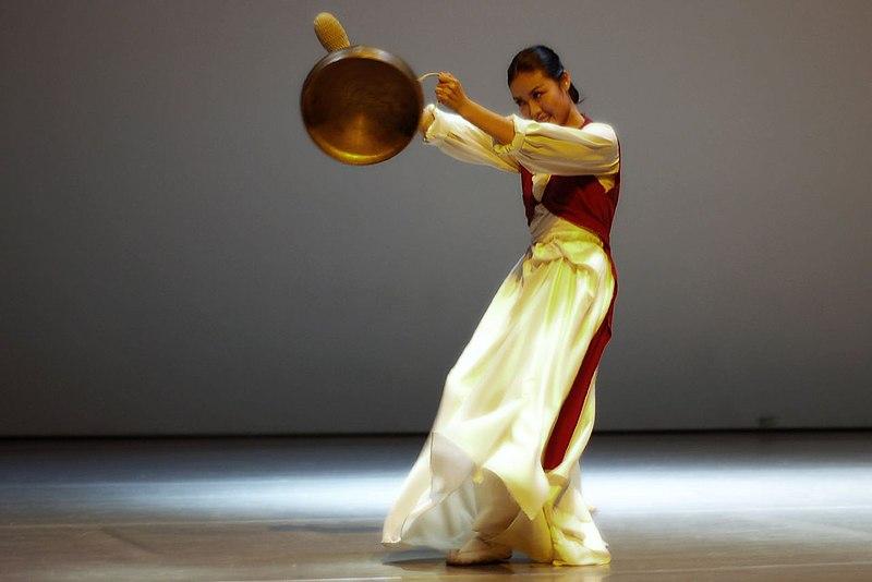 Корейские танцы современные обучение - 1