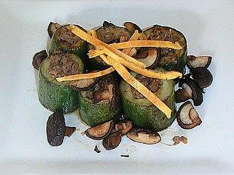 Seon (food) - Image: Korean cuisine Oiseon 01